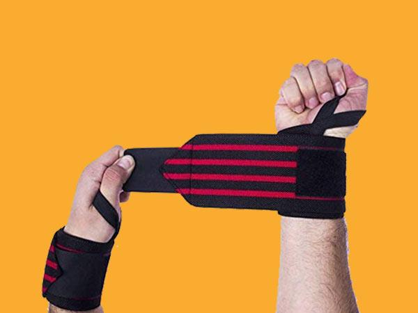 Top 7 Melhores Munhequeiras com Grip para Crossfit e Musculação