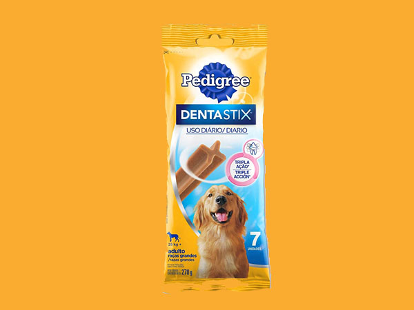 Top 5 Melhores Petiscos para Limpar os Dentes do seu Cão